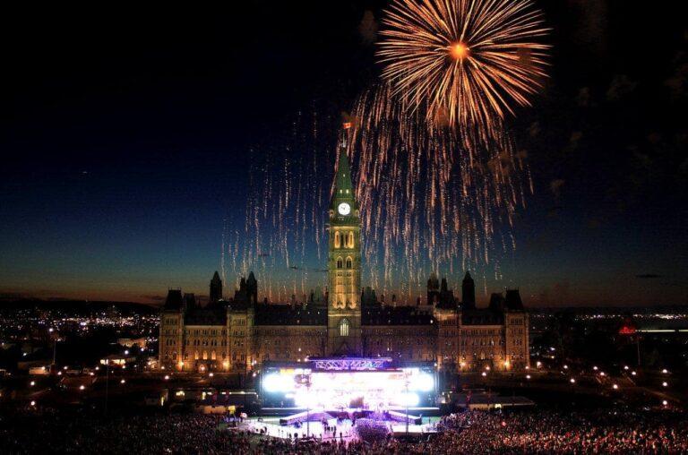Feuerwerk über Ottawa