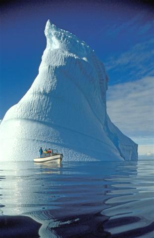 Eisberg an der Treibeiskante