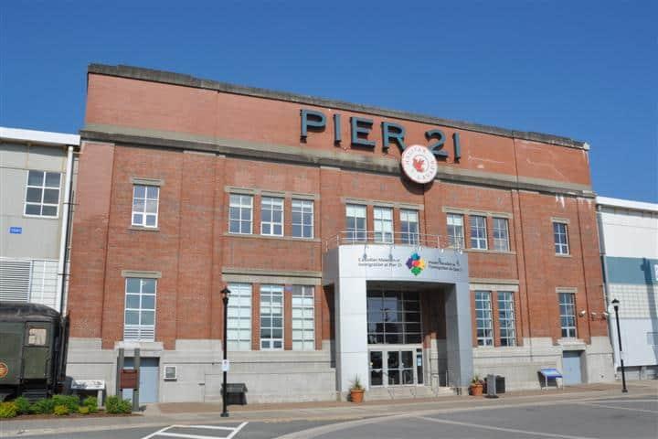 Das Kanadische Museum of Immigration am Pier 21 in Halifax (c) Wolfgang Opel