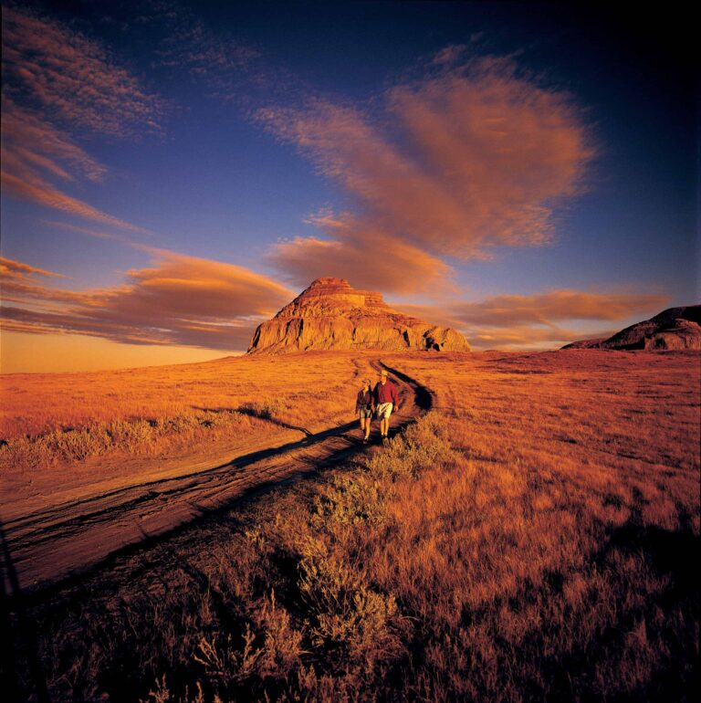 Verbergen Geheimnisse: die endlosen Graslandschaften Saskatchewans (c) Tourism Saskatchewan