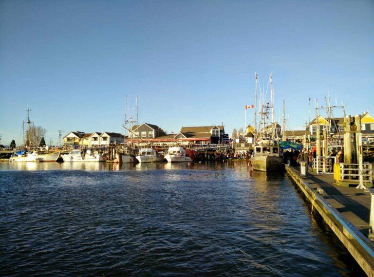 ein Fischerdörfchen in der Metropolregion Vancouver