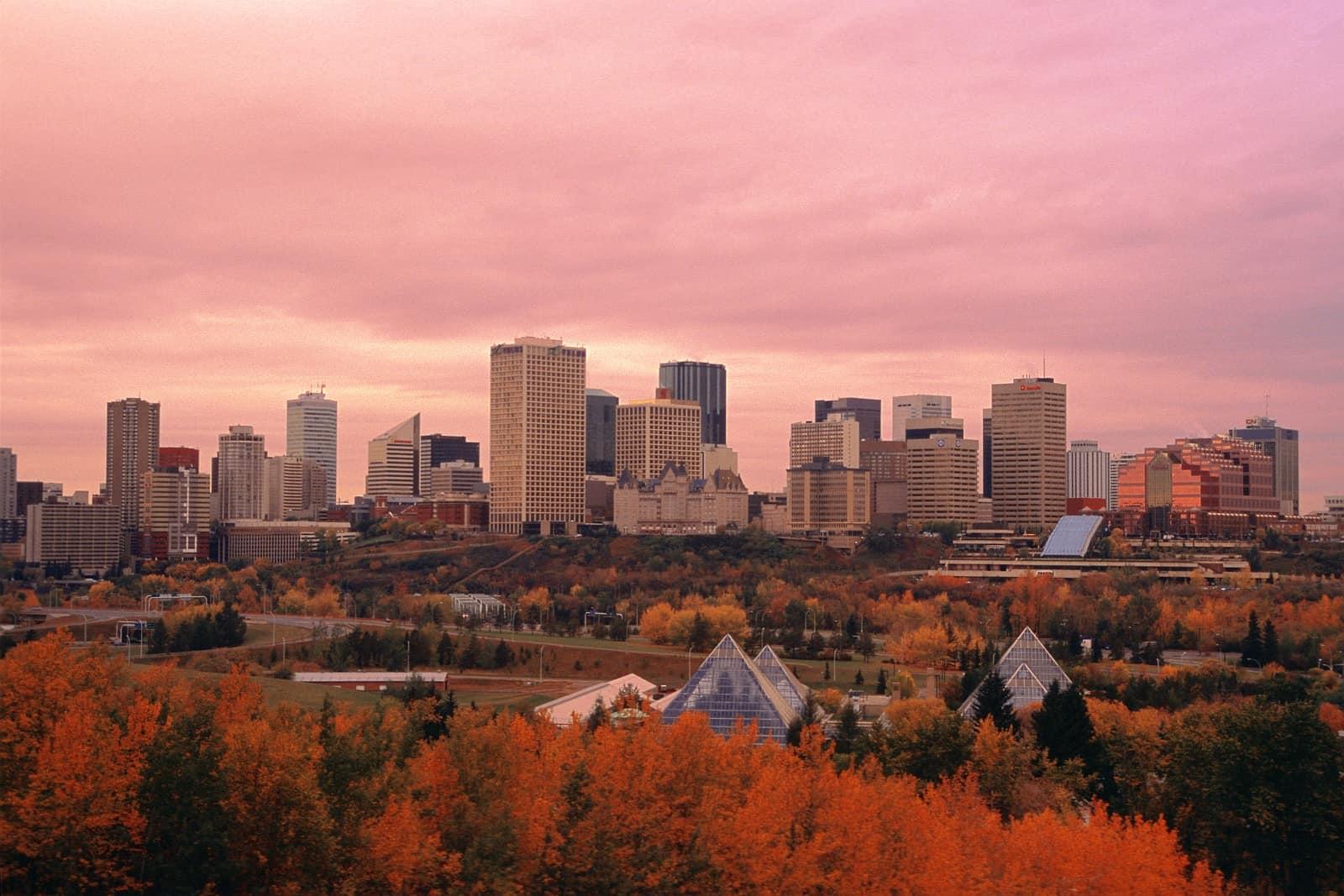 Ein Blick auf die Skyline von Edmonton.