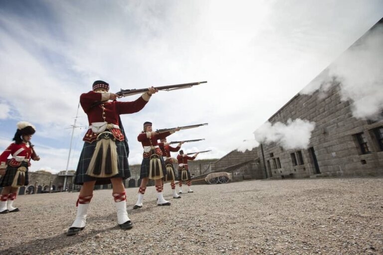 Halifax Citadel National Historic Site, Nova Scotia - Foto Canadian Tourism Commission-2