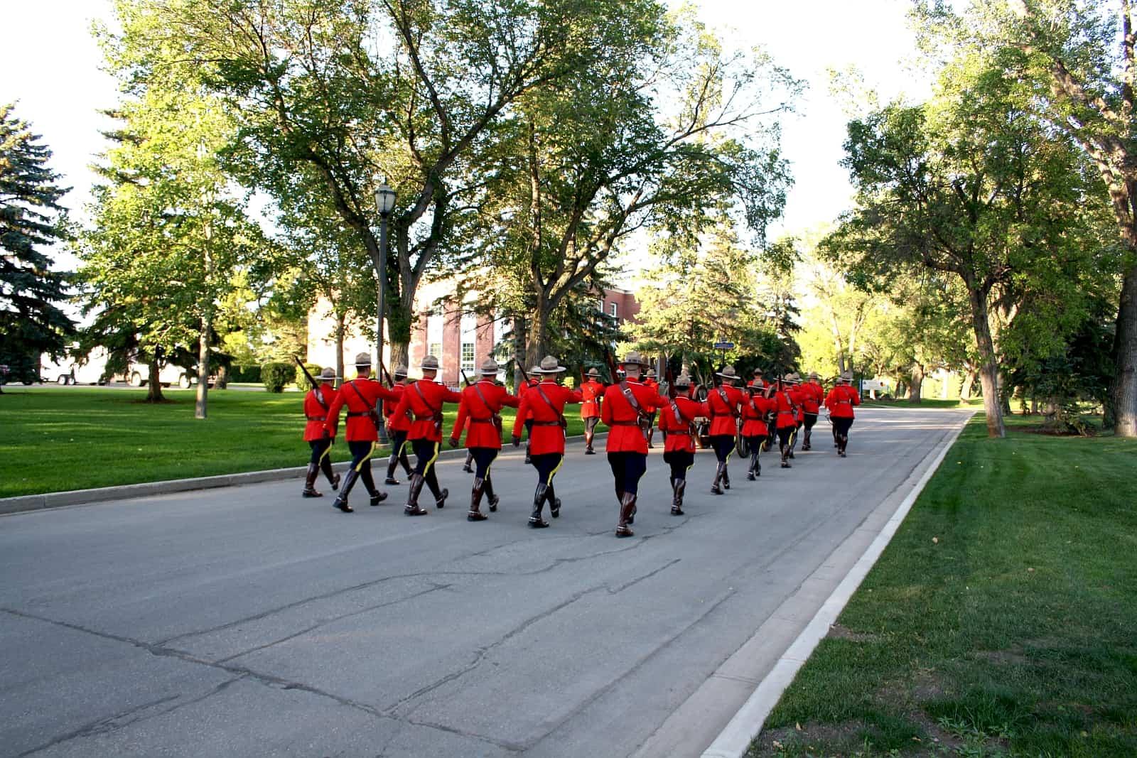 In der Provinzhauptstadt Regina befindet sich die Royal Canadian Mounted Police Academy.
