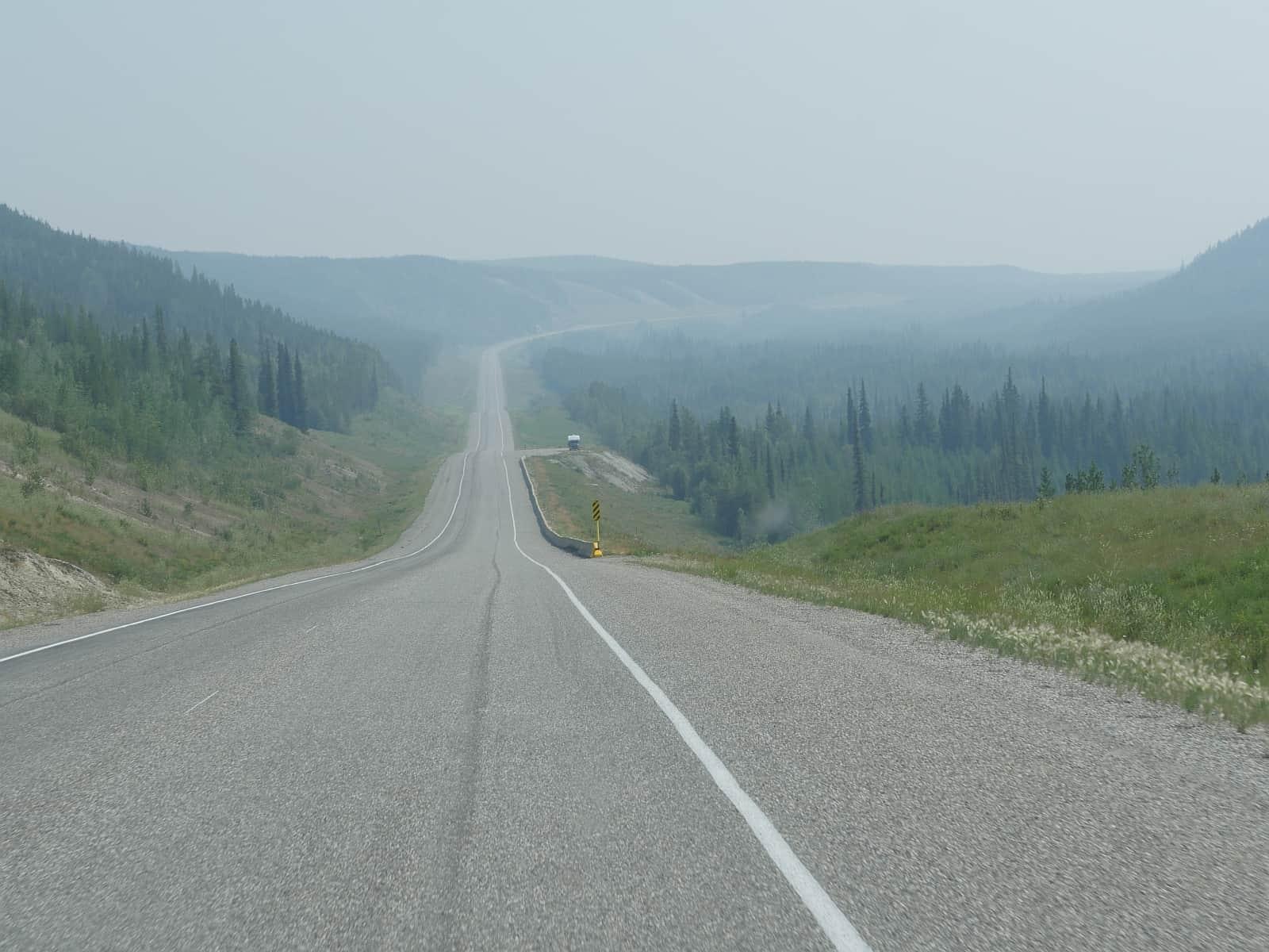 Unendliche Weiten kennzeichnen den Alaska Highway. Foto Alfred Pradel