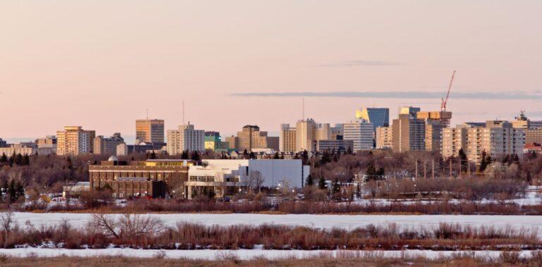 Die Skyline von Regina im Winter. Foto YAYImages / Deposit