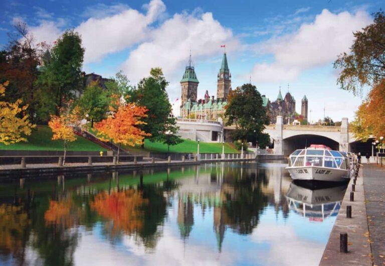 Rideau Canal National Historic Site, Ottawa, Ontario - Foto Ottawa Tourism