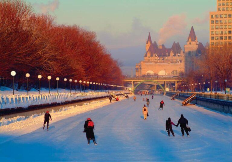 Rideau Canal National Historic Site, Ottawa, Ontario, Winterimpression - Foto Ottawa Tourism