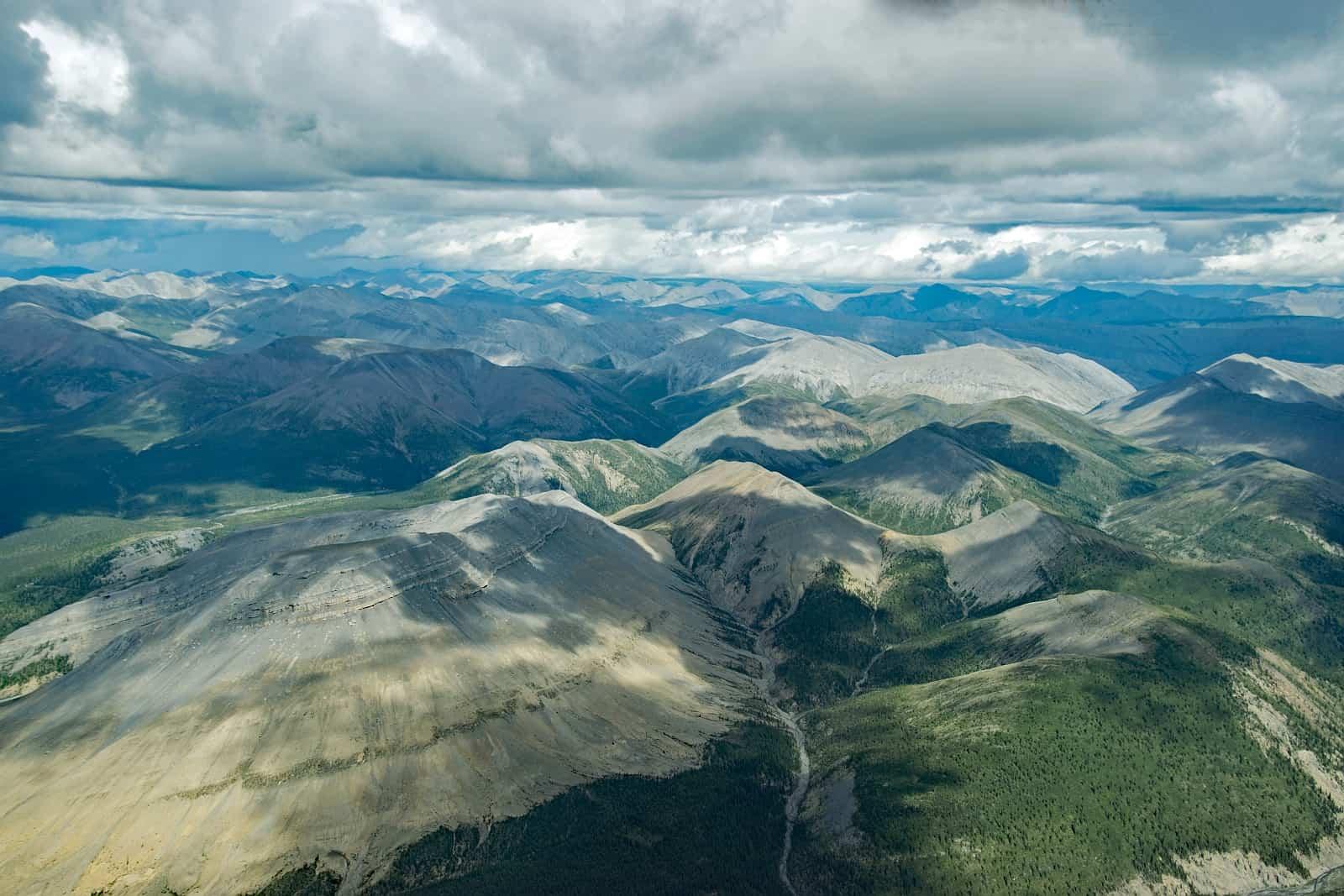 Aus der Luft zeigt die Weite und die Schönheit des Nahanni National Park Reserve in den Northwest Territories. Foto Daniela Ganz