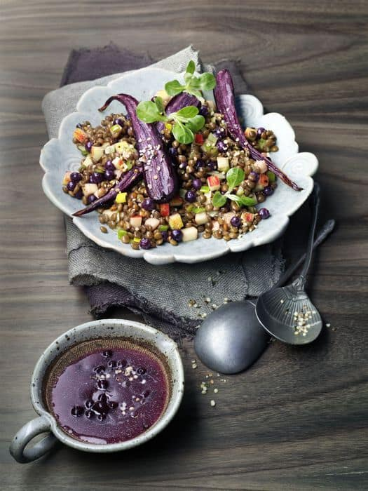 Savour Canada: Linsensalat in Blaubeer-Dressing. Foto: Wild Blueberry Association of North America (WBANA)