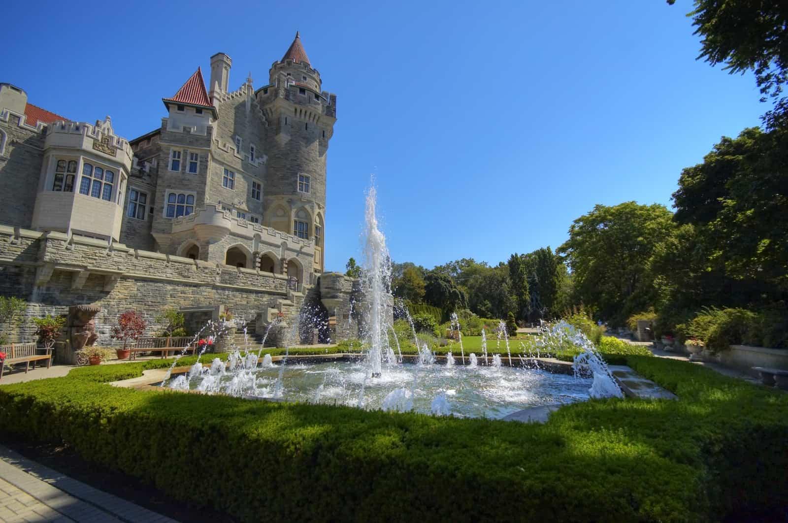 Das Casa Loma in Toronto mit seinem Schlossgarten Foto SV Art