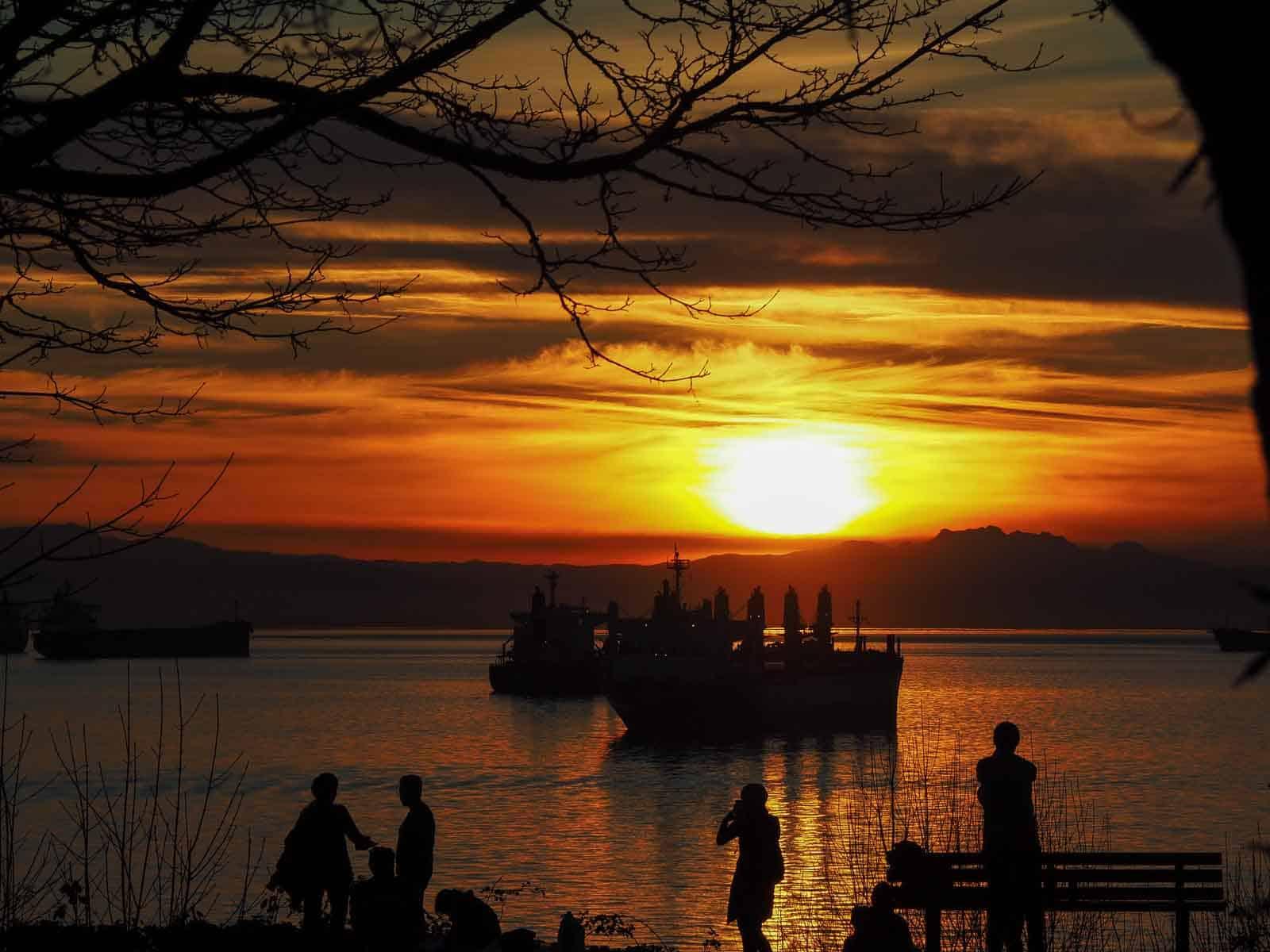 Einer der traumhaft schönen Sonnenuntergänge am Stanley Park in Vancouver. Foto Tobias Barth