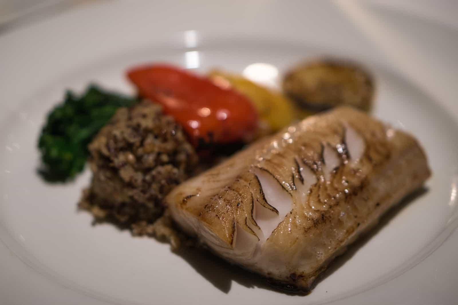 Einfach lecker, Sablefish mit Azteken-Getreide und Gemüse der Saison. Foto MICHAL OREL, Vancouver