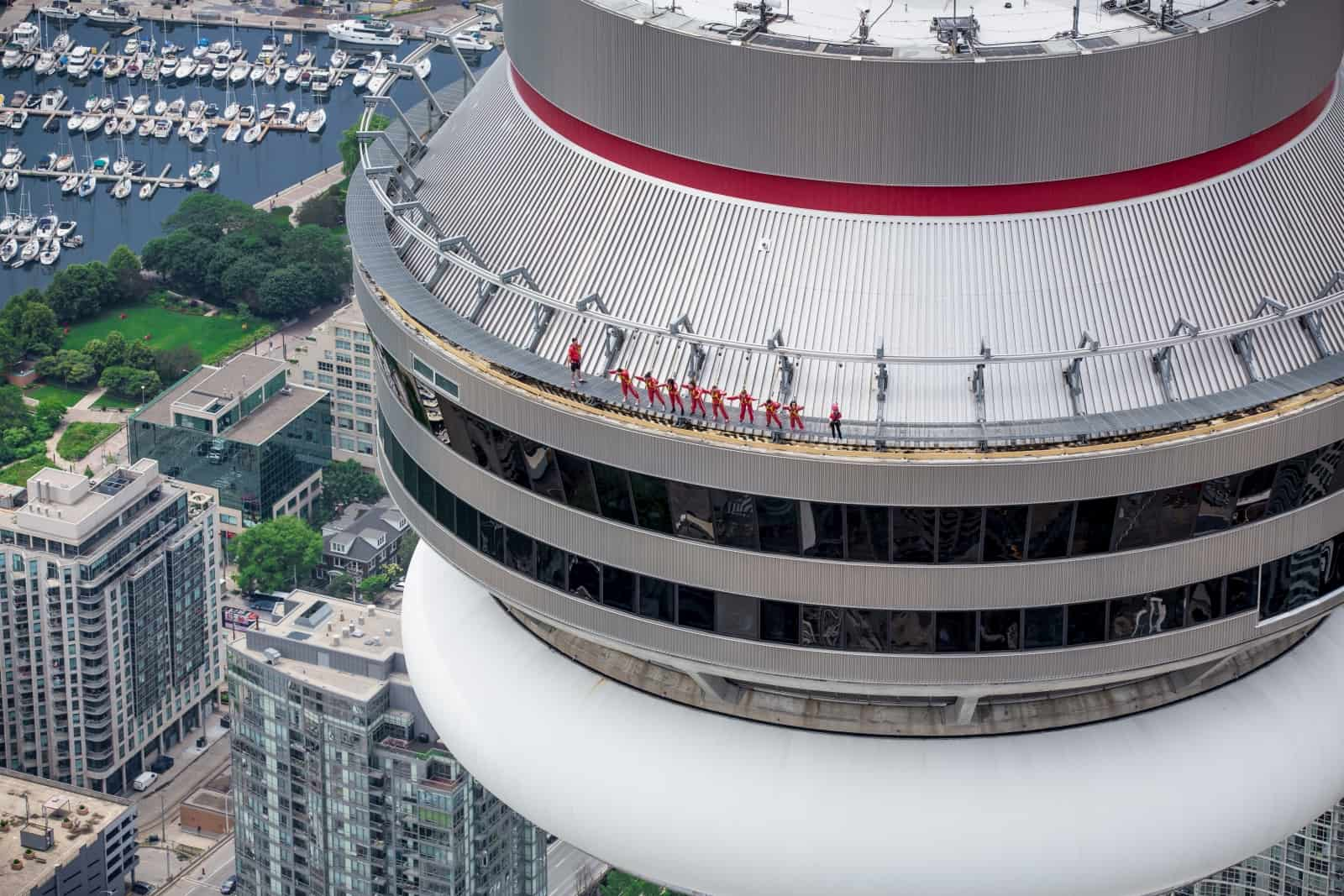 EdgeWalk at the CN Tower Foto Courtesy of The CN Tower