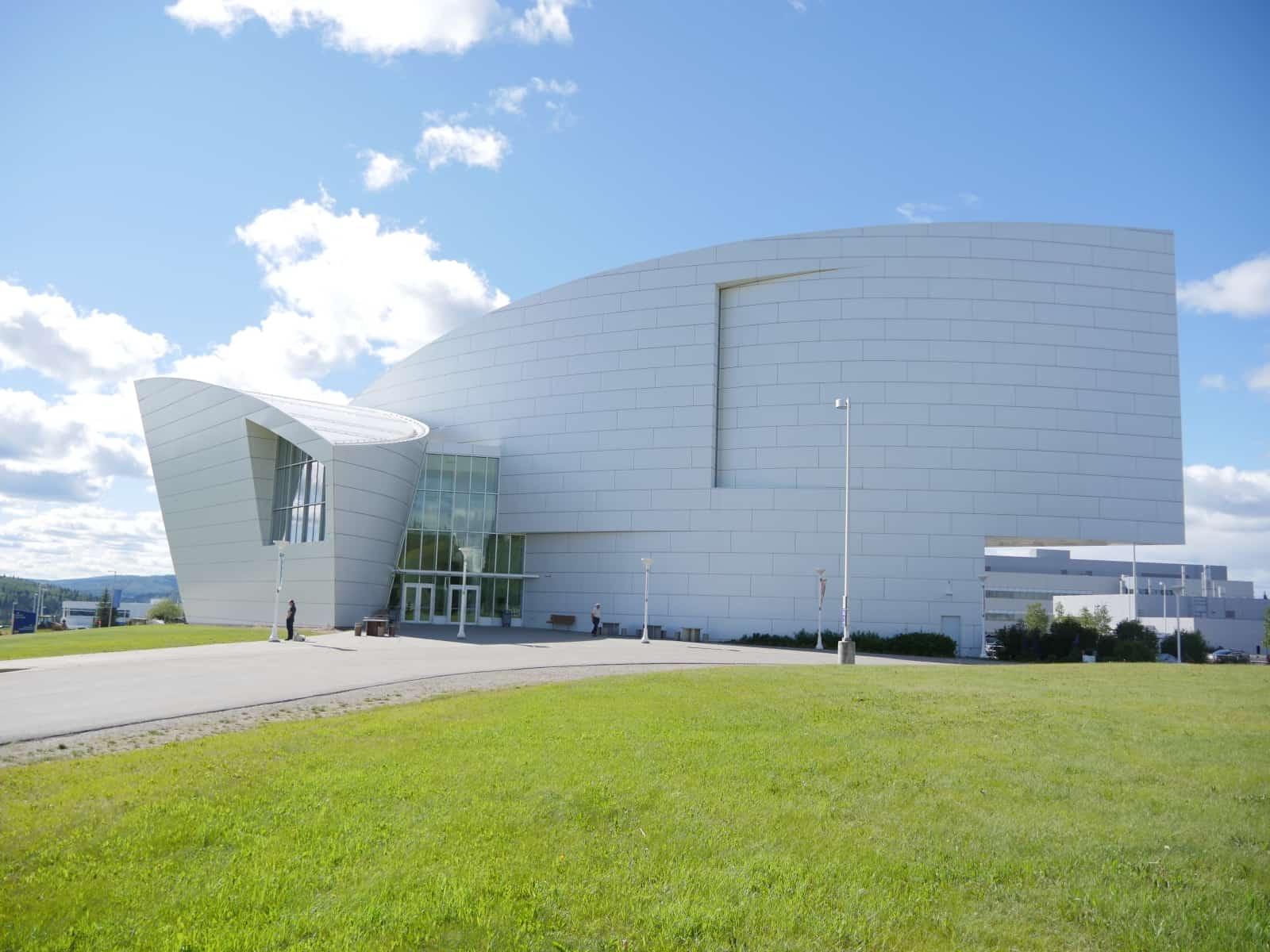 Ein besonderes Gebäude, ein besonderes Museum. Das Museum of the North in Fairbanks, Alaska. Foto FasziKa