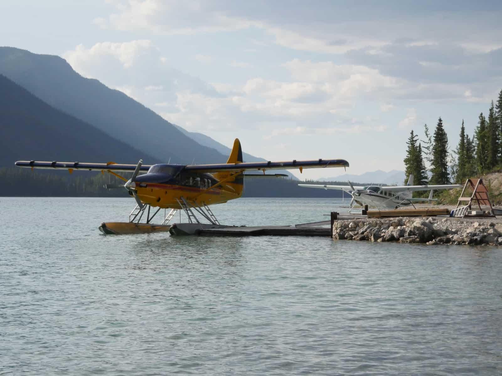 Mit diesen zwei Wasserflugzeuge der Northern Rockies Lodge kann man sich zum Fischen fliegen lassen, oder die Schönheit des Nahanni Nationalpark Reserve mit den Virginia Falls bewundern. Foto Daniela Ganz