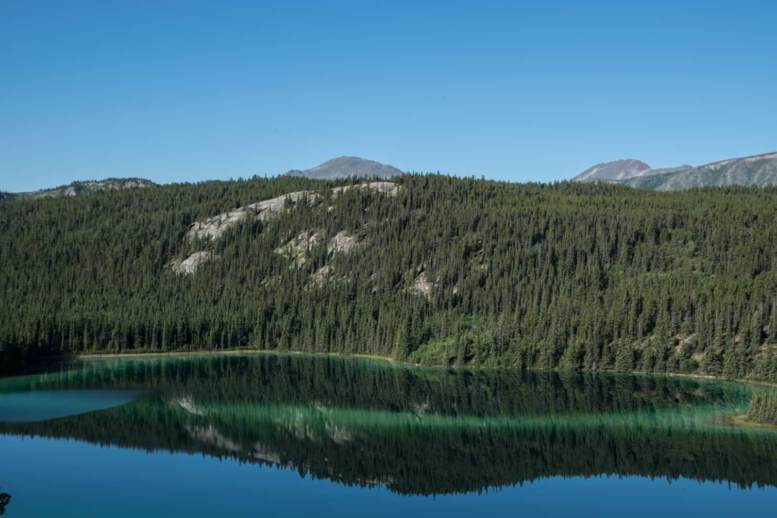 Wie ein wunderschöner Edelstein liegt der Emerald Lake in die Landschaft eingebettet. Foto Daniela Ganz