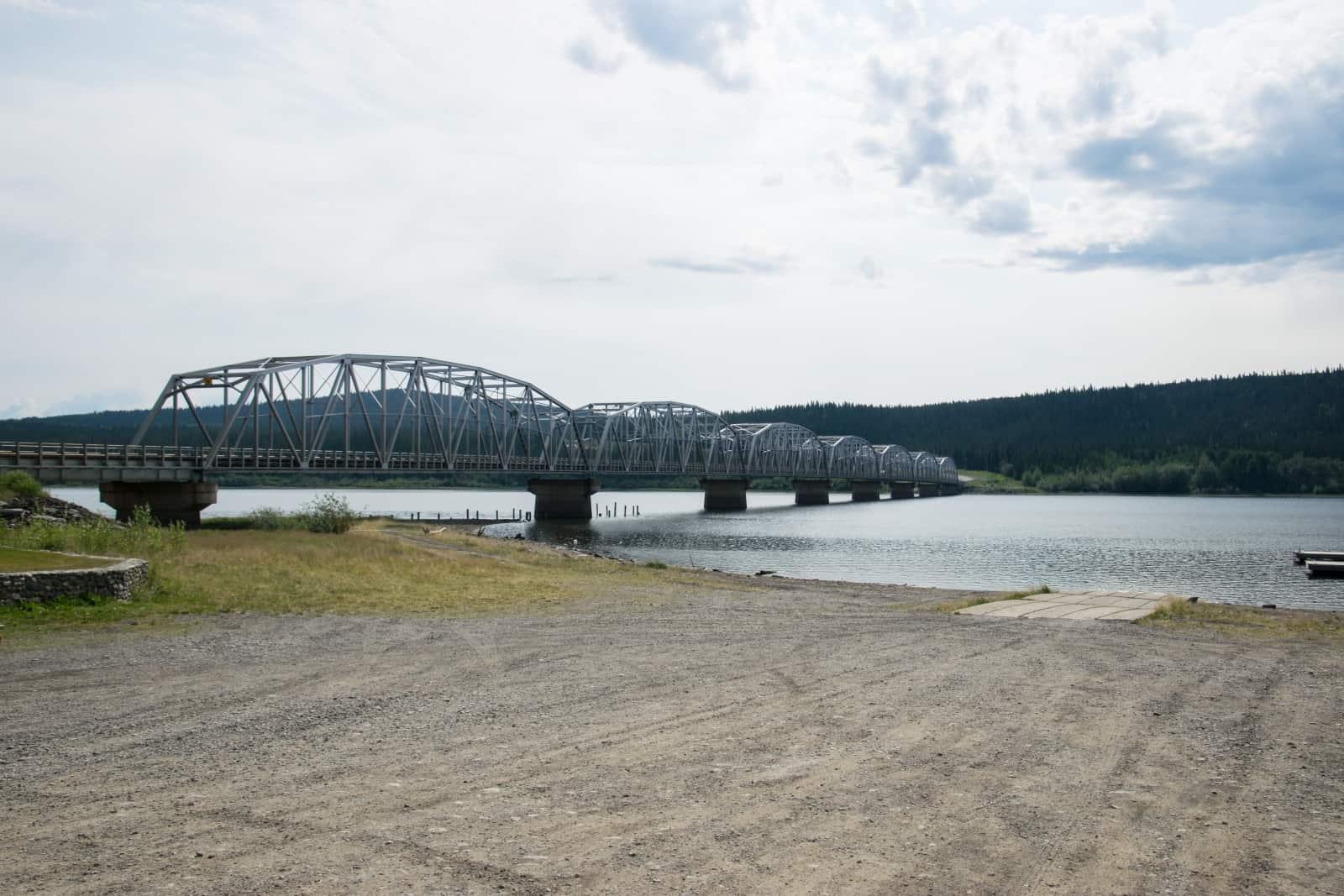 Alaska Highway, Brücke über den Teslin Lake. Foto Daniela Ganz