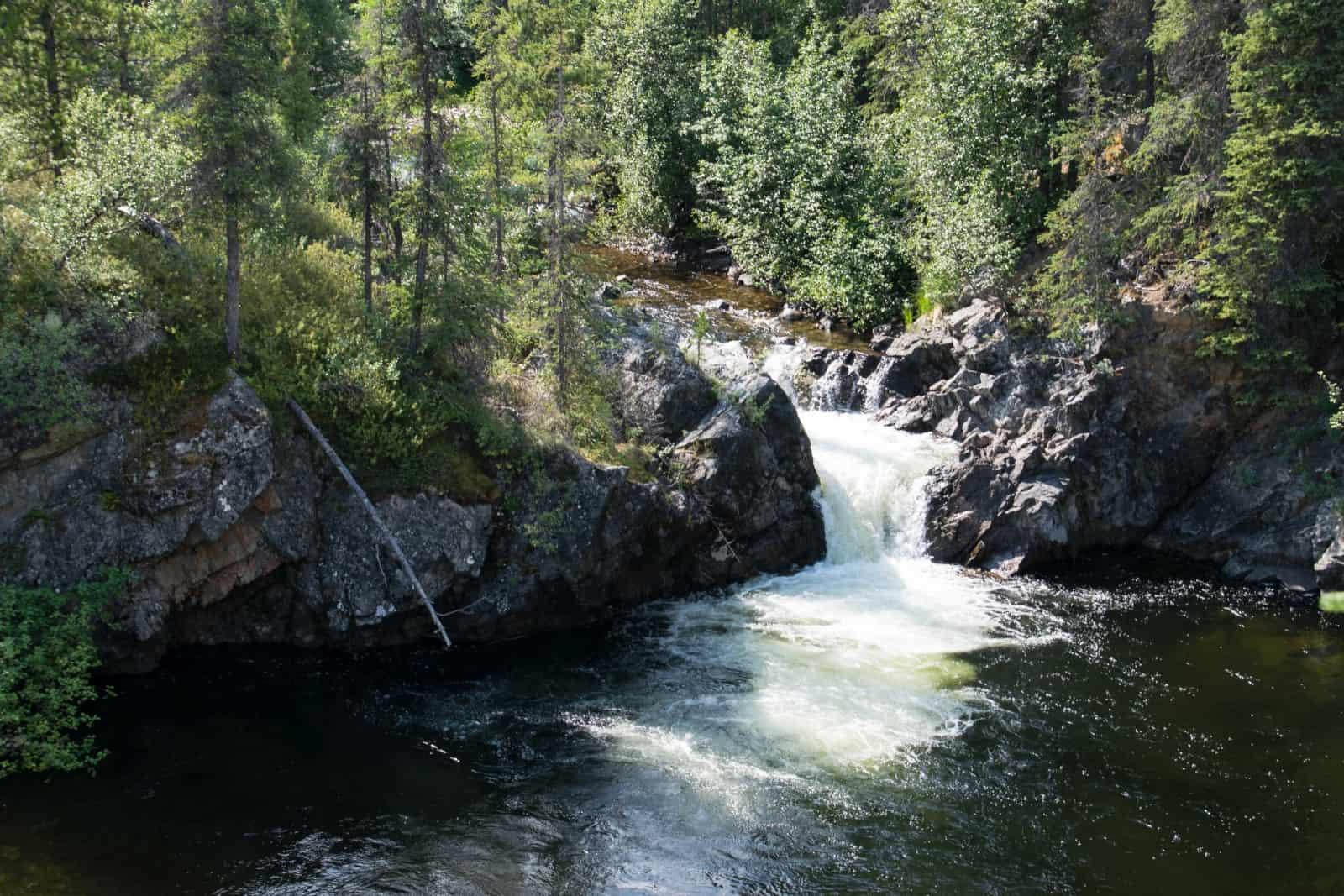 Die Rancheria Falls am Alaska Highway Kilometer 1112,8. Foto Daniela Ganz
