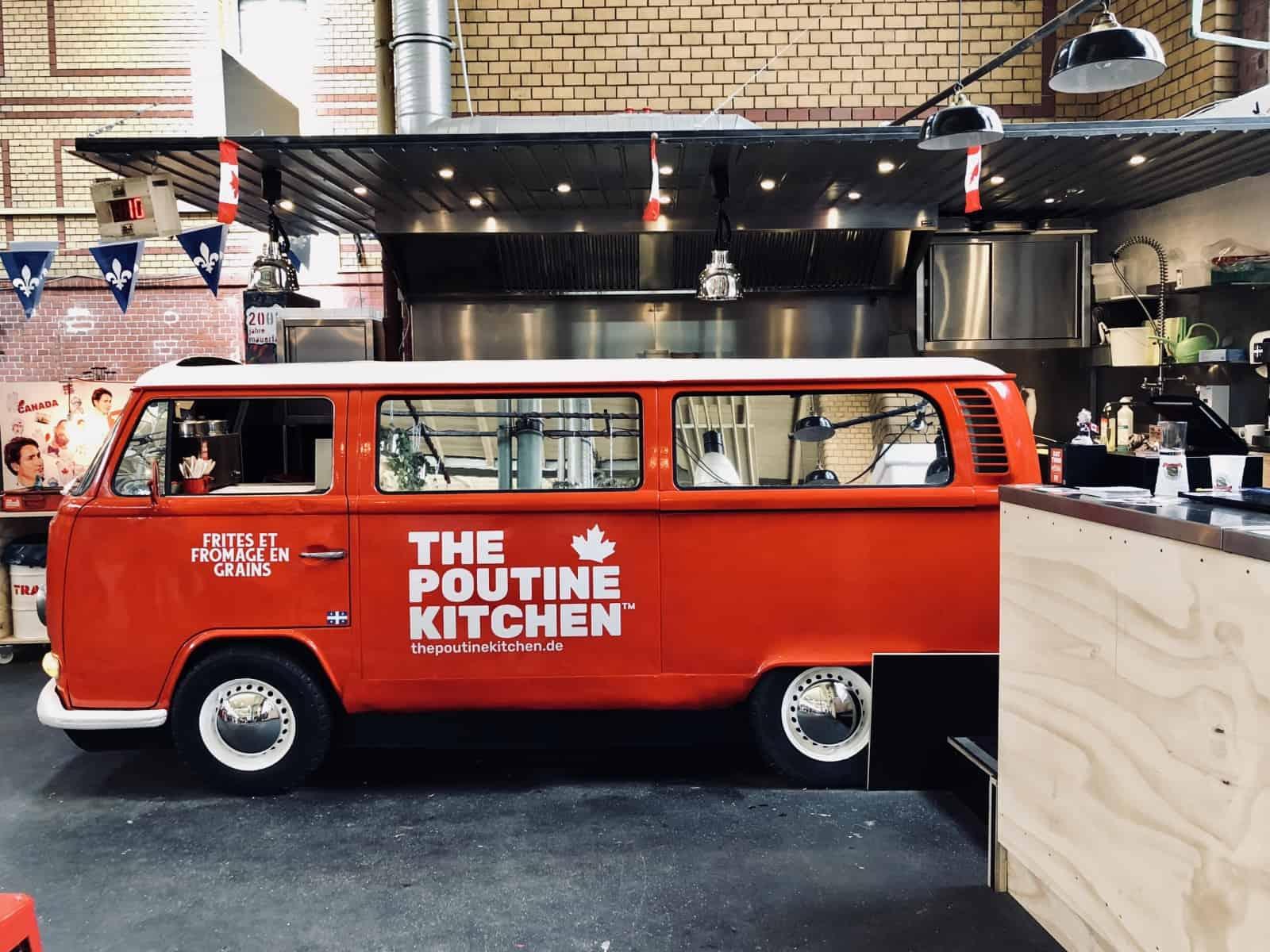Ein toller Poutine Botschafter, der VW-Bus von The Poutine Kitchen. Foto ThePoutineKitchen