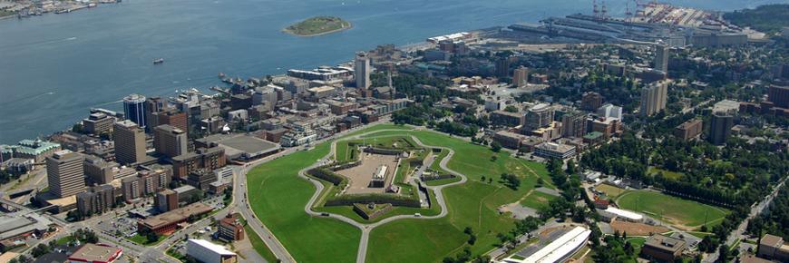 Blick auf die Zitadelle von Halifax aus der Luft. Foto Parks Canada