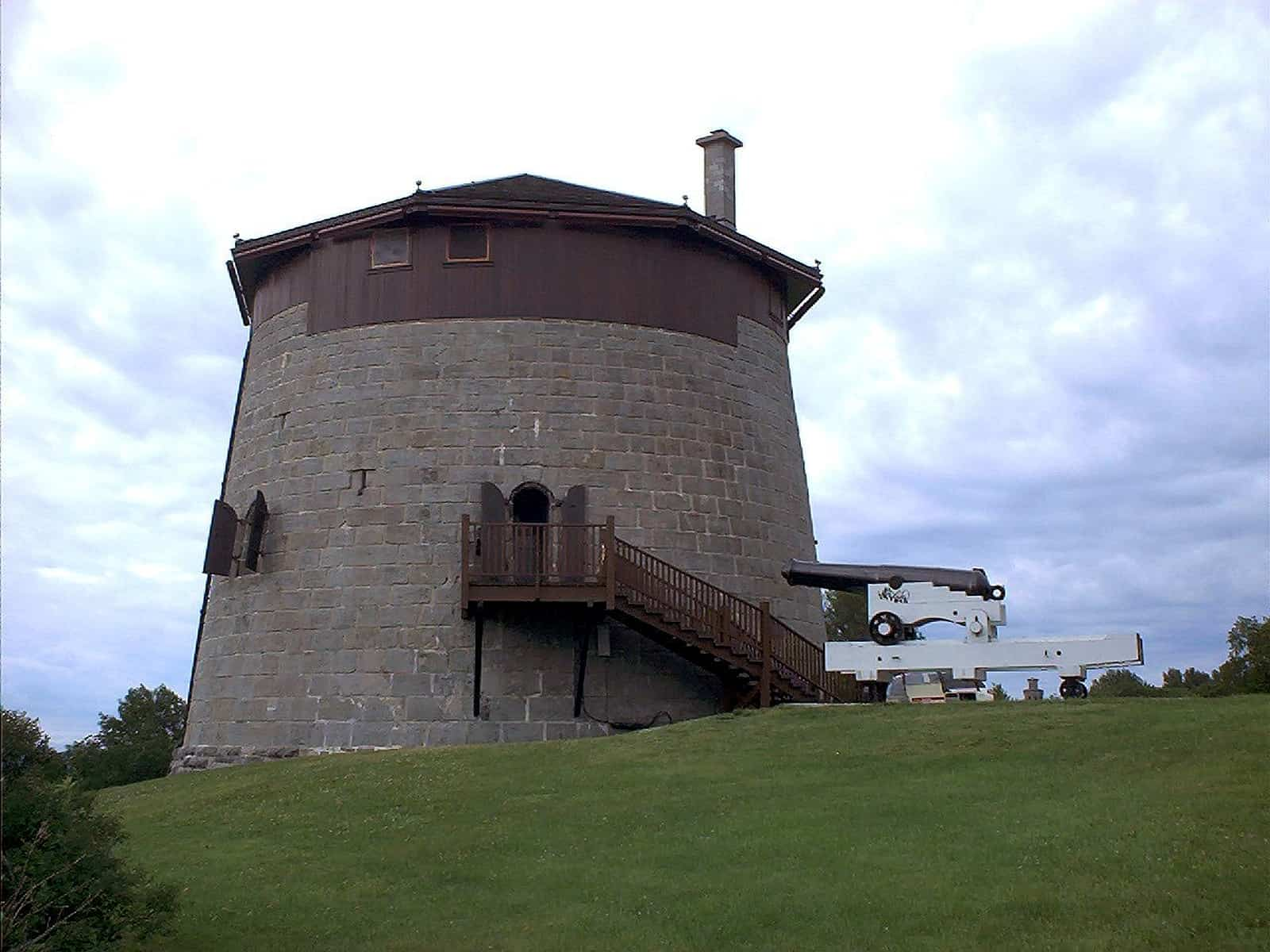 Der Martello-Turm Nr. 1 im Battlefields Park. Foto Skarg/CC BY 2.5