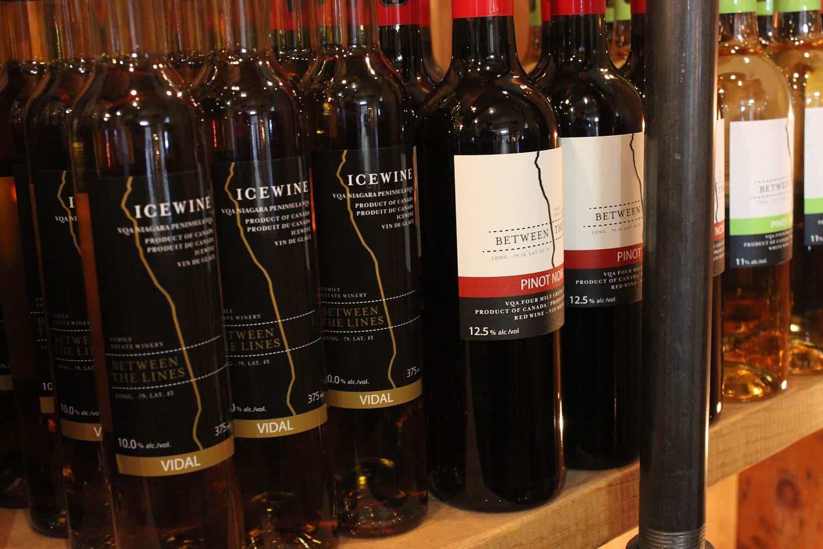 In den Weinbauregionen Kanadas werden tolle Weine an- und ausgebaut. Foto Between the Lines Winery, NotL