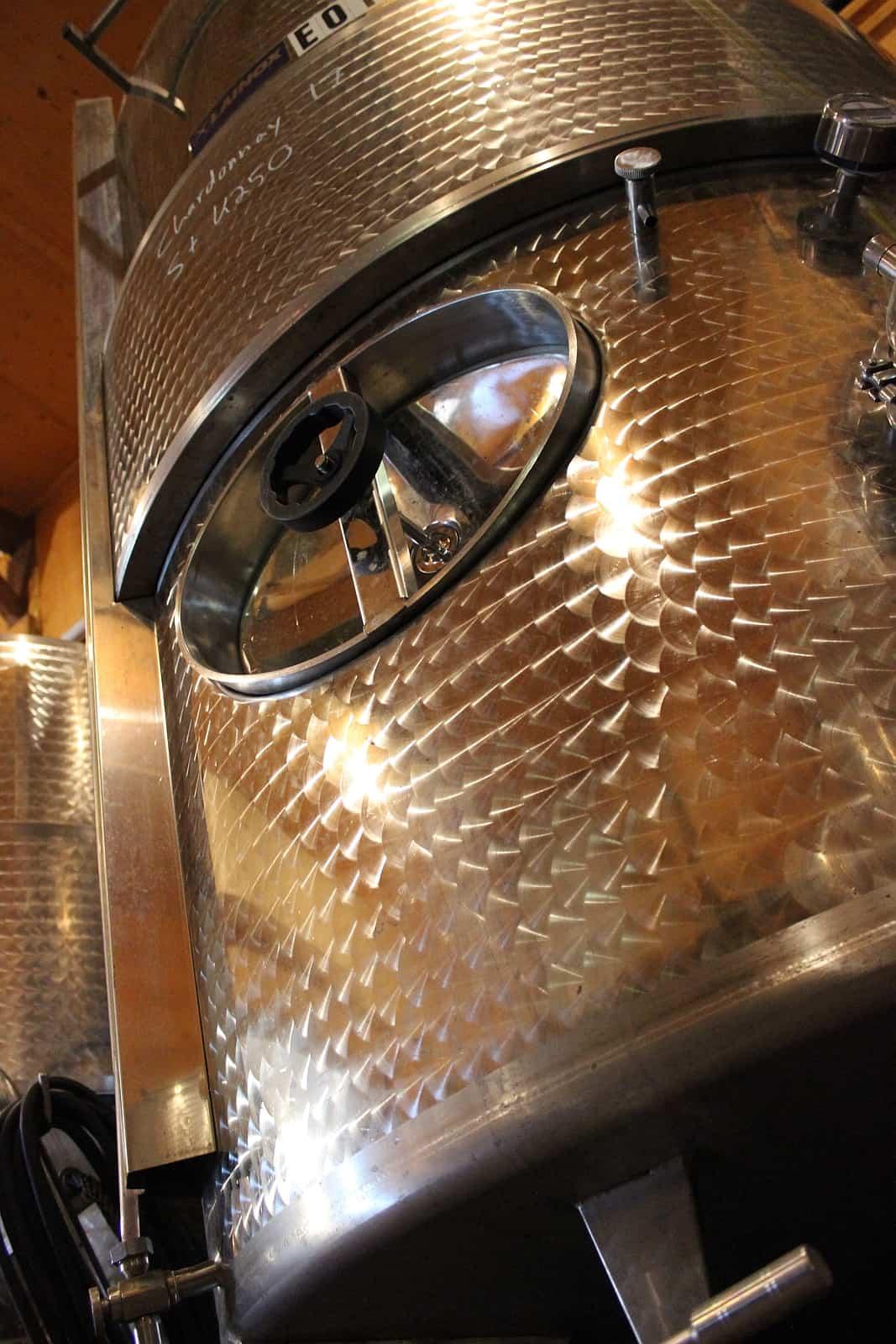 Egal ob aus dem Holzfass oder dem Edelstahltank, die Weine aus Kanada sind exzellent. Foto Between the Lines Winery, NotL
