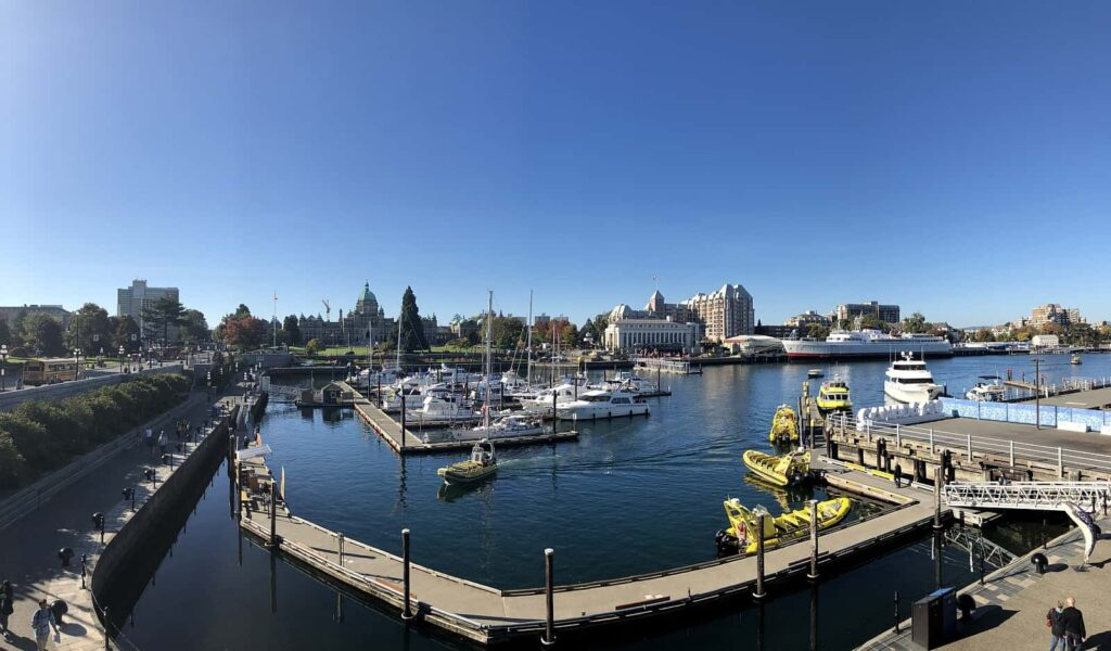 Ein Blick auf den Inner Harbour in Victoria, der Hauptstadt British Columbias. Foto Destination Greater Victoria