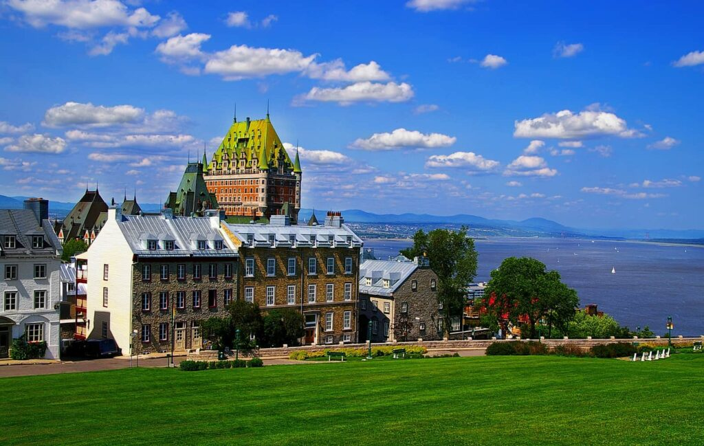 Blick über Québec City und den St.Lorenz-Strom. Foto jovannig/Deposit