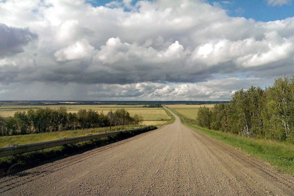Einsame Straße in Manitoba. Foto Arte / © Florianfilm