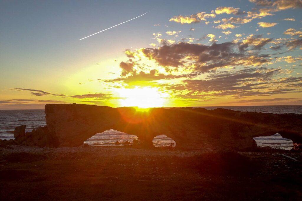 Gros-Morne-Nationalpark. The Arches im Sonnenuntergang Foto Arte / © Florianfilm