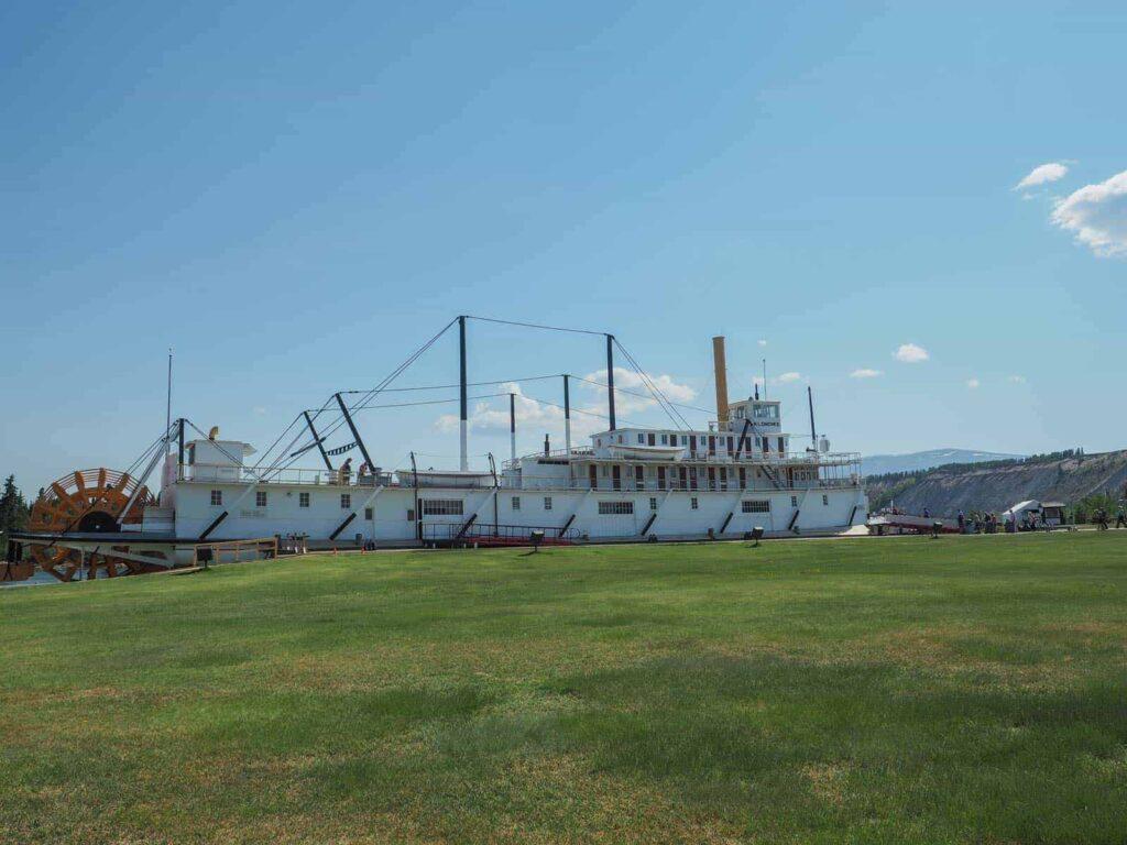 Die stolze S.S. Klondike, ein Zeitzeugnis der Schifffahrt auf dem Yukon River. Foto TobiasBarth