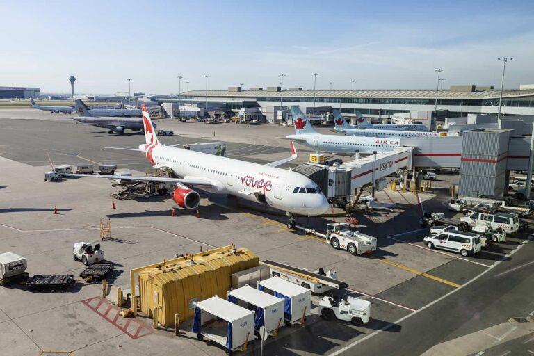 Millionen Menschen starten und landen jährlich auf den Flughäfen in Kanada, wie hier am Lester B. Pearson International Aiport in Toronto. Foto philipus / Deposit