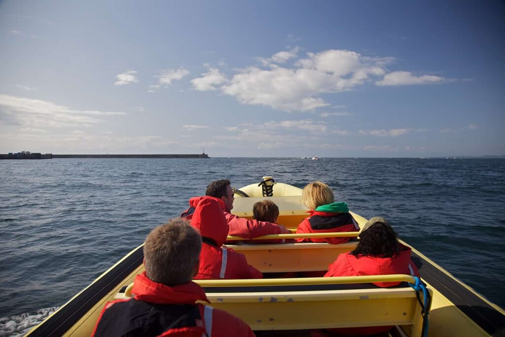 Auf geht's zur Whale Watching Tour vor Vancouver Island. Foto Asymetric/Jason Van Bruggen