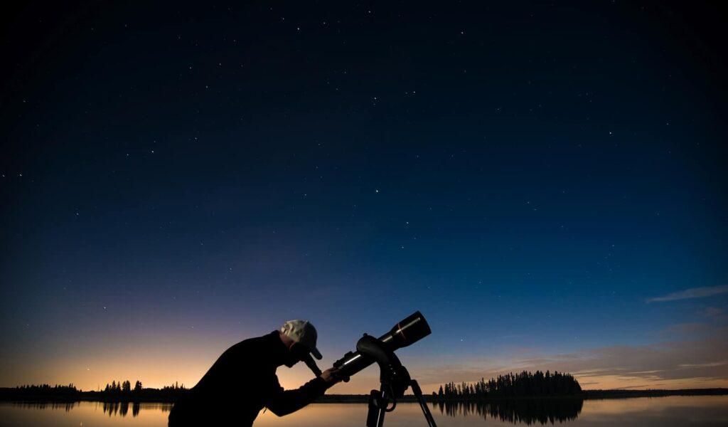 Im Lichtschutzgebiet Beaver Hills Dark Sky Preserve lassen sich der Nachthimmel, die Sterne und die Galaxien ohne Beeinträchtigungen durch künstliche Lichtquellen beobachten. Foto Edmonton Tourism