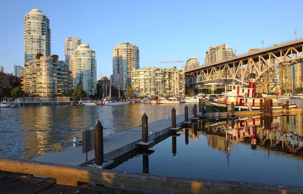 In Vancouver kann man seine Whale Watching Tour auf Granville Island beginnen. Foto Rigucci / Deposit