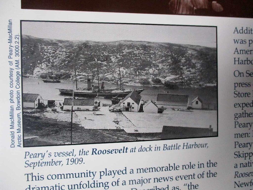 Historische Aufnahme von Battle Harbour mit dem Schiff von Robert Peary. Foto Bernadette Calonego