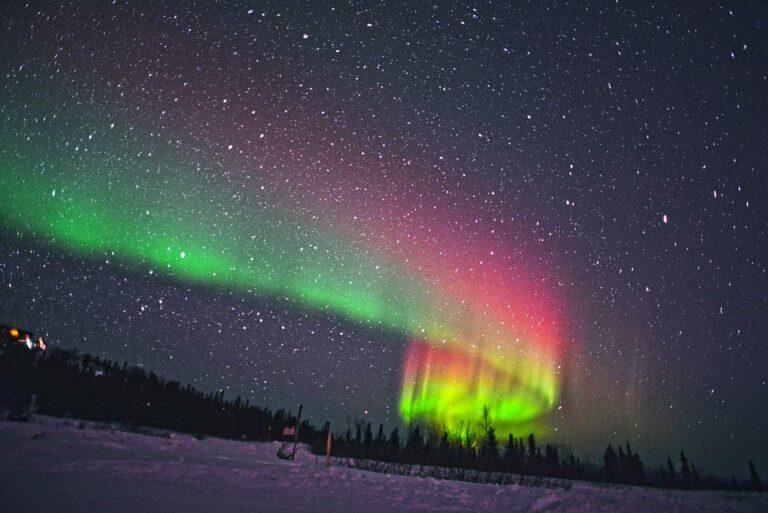 Die magischen Nordlichter perfekt fotografieren, ein spannendes Erlebnis. Foto Jacetan / Deposit