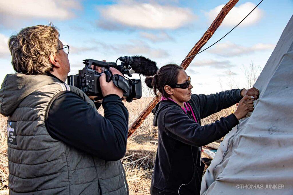 MDR-Filmemacher Thomas Junker bei der Arbeit zum neuen 5-Teiler Hoch im Norden. Foto ©Thomas Junker