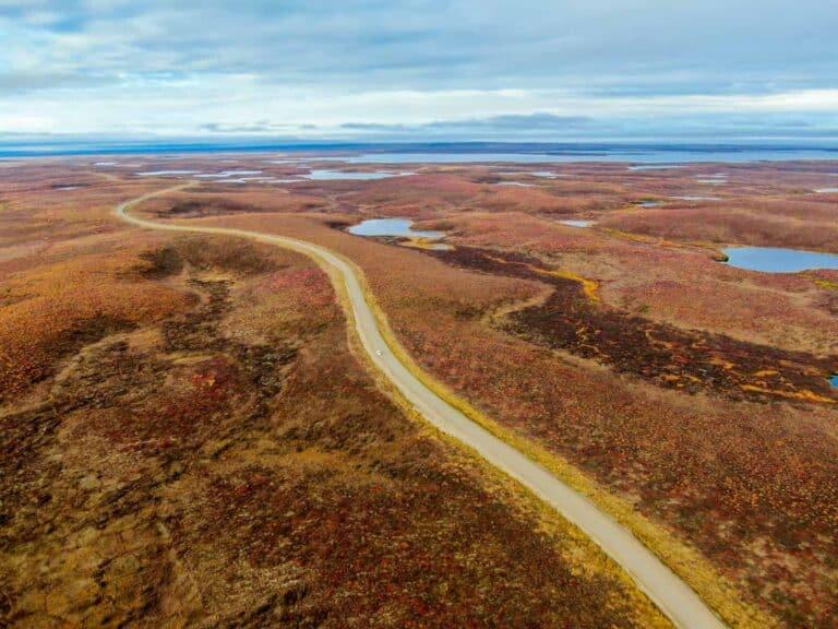 Unberührte und faszinierende Landschaften werden die Gäste auf dieser Abenteuerreise in ihren Bann ziehen. Foto Tobias Barth / EPIC NORTH Tour Experiences