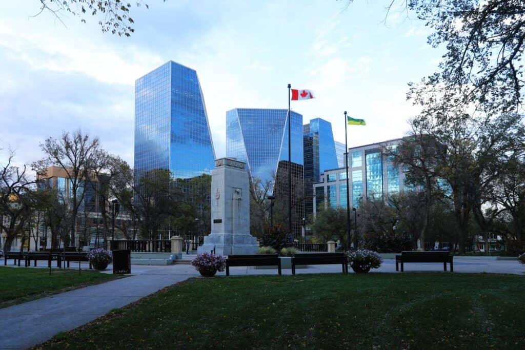 Regina, die Hauptstadt Saskatchewans mit ihrer modernen Skyline. Foto hstiver / Deposit