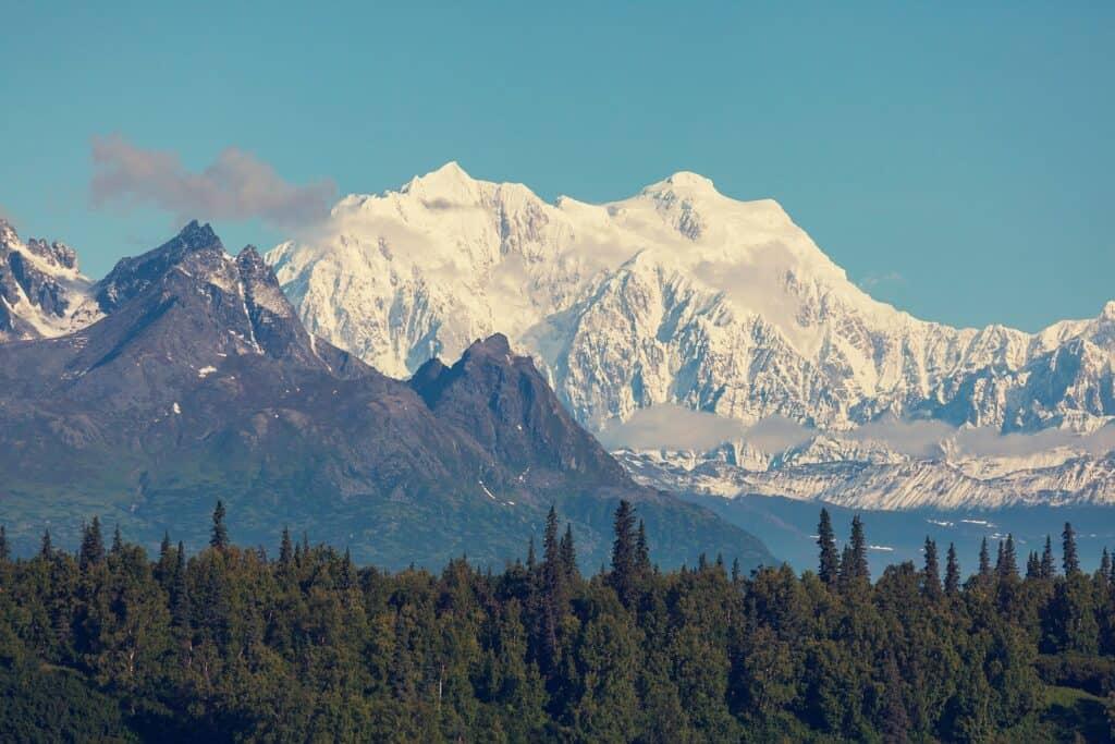 Der höchste Berg Nordamerikas im gleichnamigen Nationalpark, der Denali. Foto kamchatka