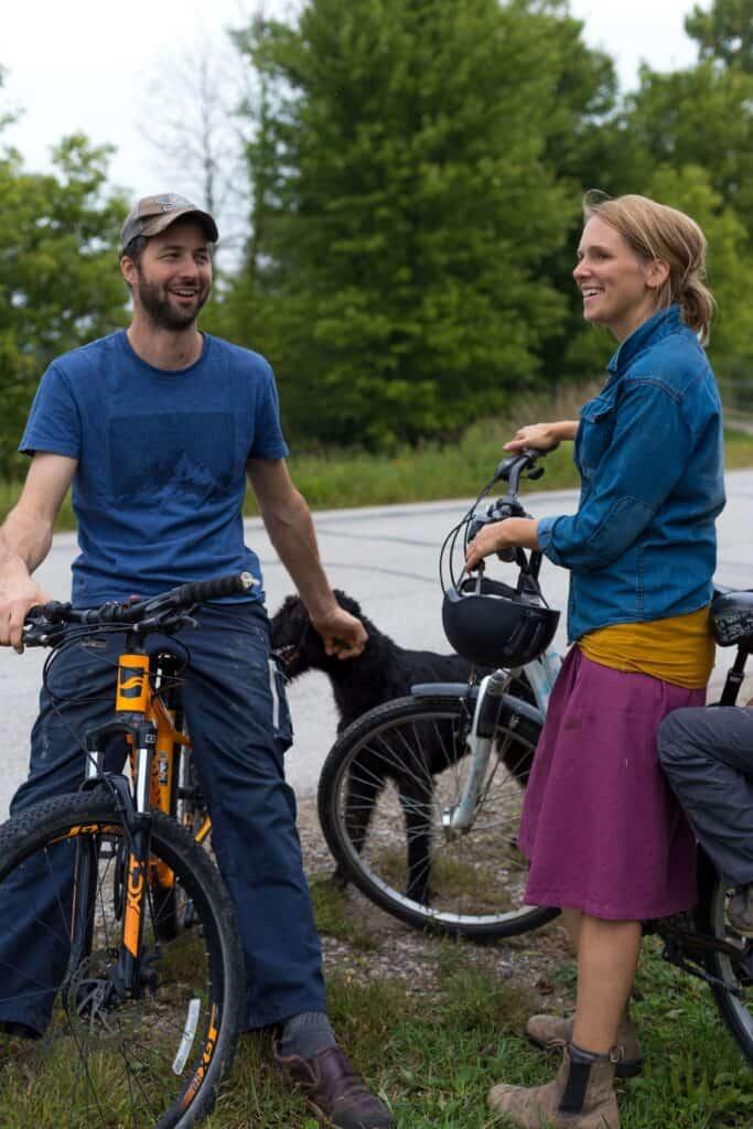 Evelyn Müller, die Mitinitiatorin der Städtefreundschaft von Kanada aus, mit ihrem Ehemann Mark.  Foto estherbrycephotography