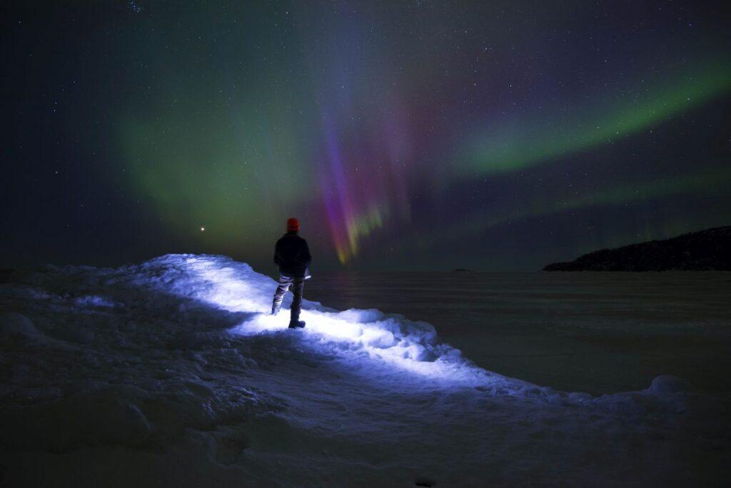 Auch im Norden Ontarios ein Begleiter am Nachthimmel. Die mystischen Nordlichter. Foto Greg Sacco