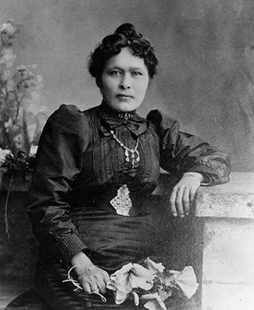 Shaaw Tláa, auch als Kate Carmack bekannt, im Jahr 1898. Foto Yukon Archives / Public Domain