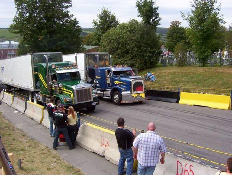 Start frei für spannende Trucker Duelle in Saint-Joseph-de-Beauce. Foto Accélération Camions Saint-Joseph-de-Beauce