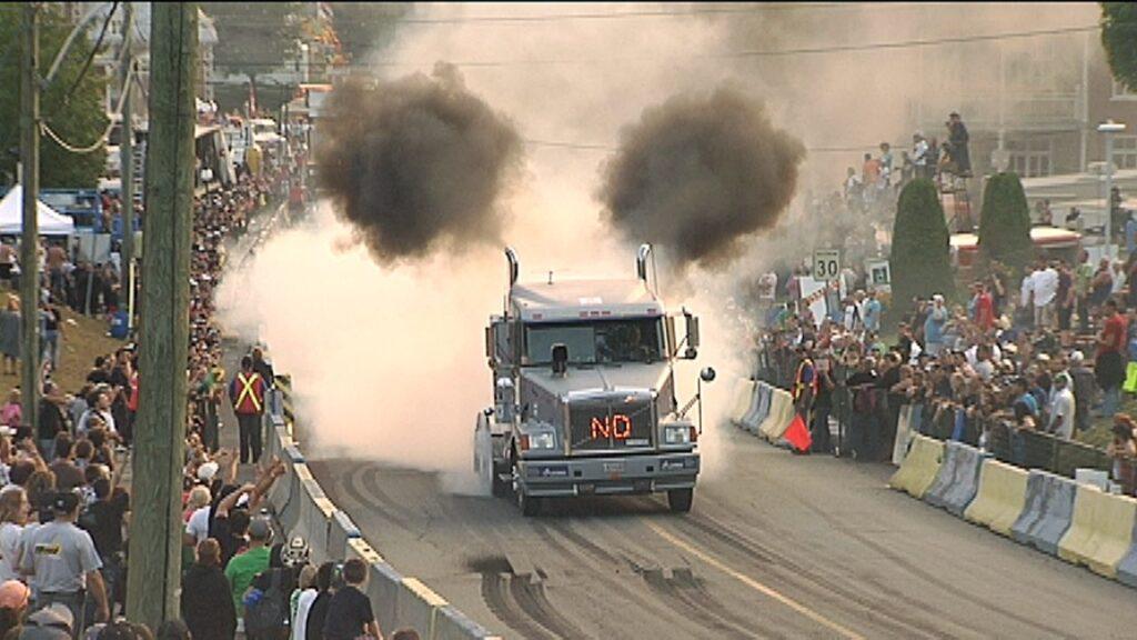 Eine PS-starke Trucker Show darf natürlich nicht fehlen. Foto Accélération Camions Saint-Joseph-de-Beauce