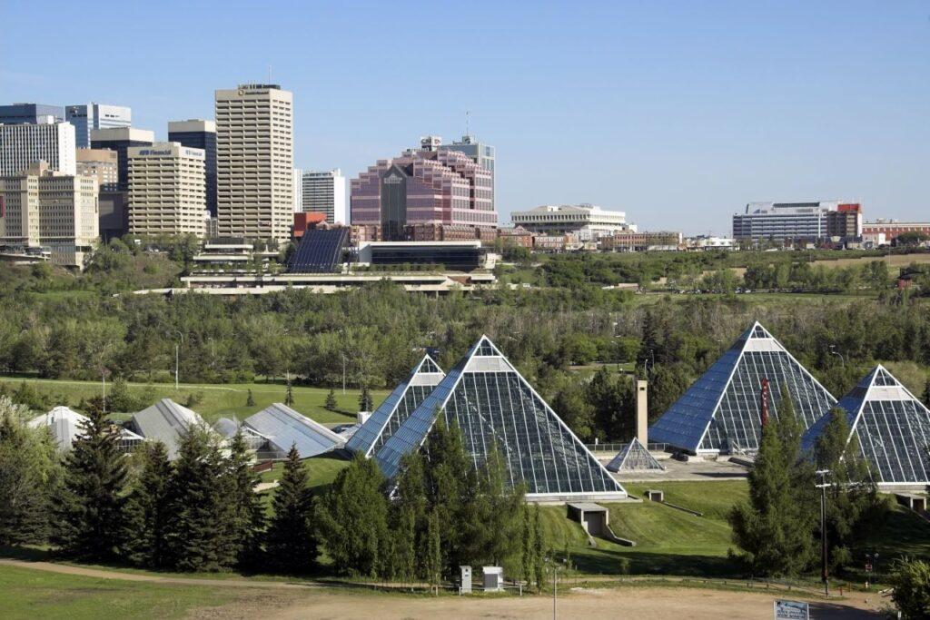 Ein schöner Blick auf die Skyline von Edmonton, der Hauptstadt der Prärieprovinz Alberta. Foto jewhyte / Deposit