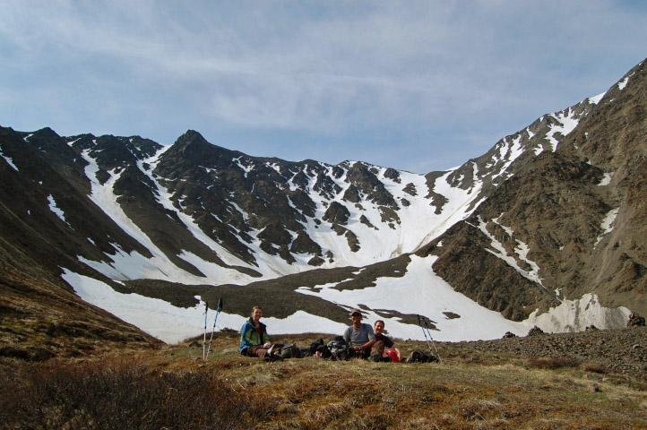 Der Thron ist ein perfekter Ort für ein kleines Picknick und einen tollen Rundumblick über die Landschaft. Foto YukonHiking